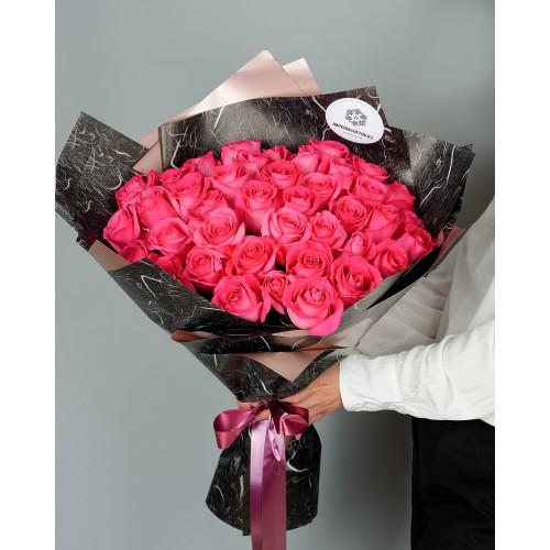 Купить на заказ Букет из 51 розовых роз с доставкой в Аральске