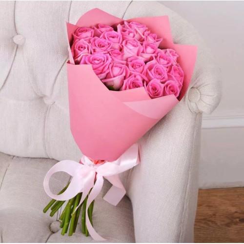 Купить на заказ Букет из 21 розовой розы с доставкой в Аральске
