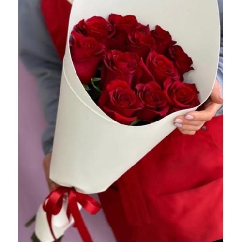 Купить на заказ Букет из 11 красных роз с доставкой в Аральске