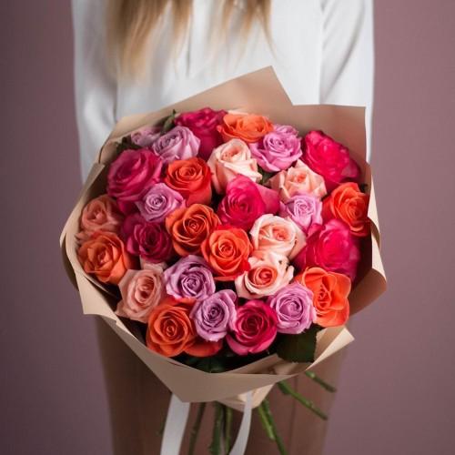 Купить на заказ Букет из 25 роз (микс) с доставкой в Аральске