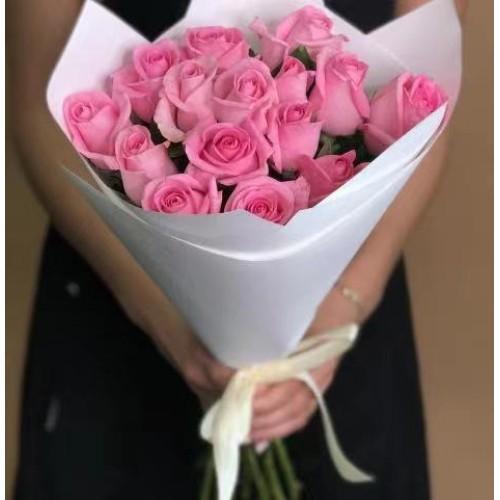 Купить на заказ 15 розовых роз с доставкой в Аральске